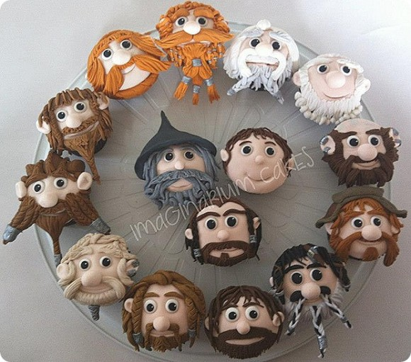 hobbit-cupcakes-580x511