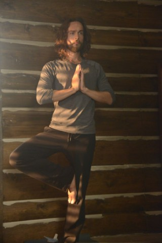 ichabod-yoga-1-320x480